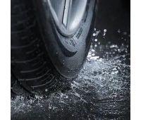 car-tire-splashing-water-260nw-100489660 (2)