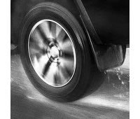 detail-rear-wheel-car-driving-260nw-1130817545 (2)