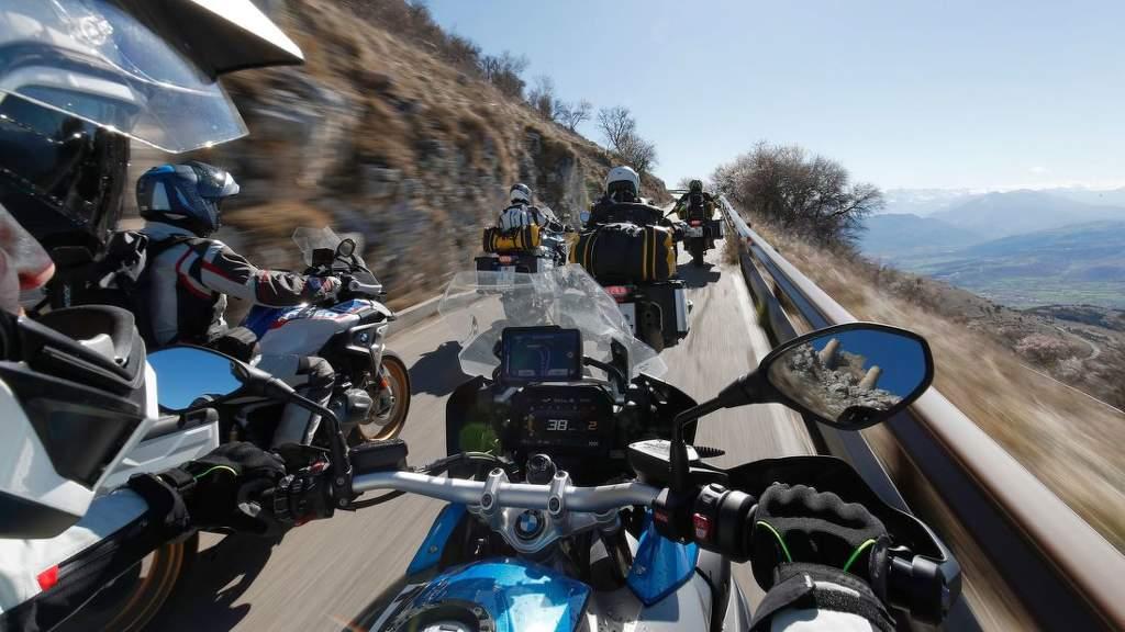 Test enduro moto pneu 12070 R19, 17060 R17 – MOTORRAD 2019