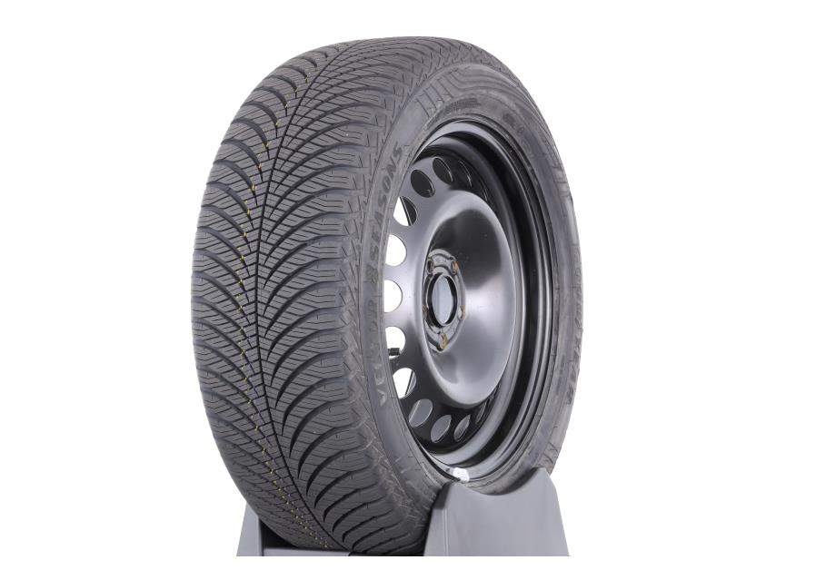 Goodyear 4Seasons Gen-2 test ADAC