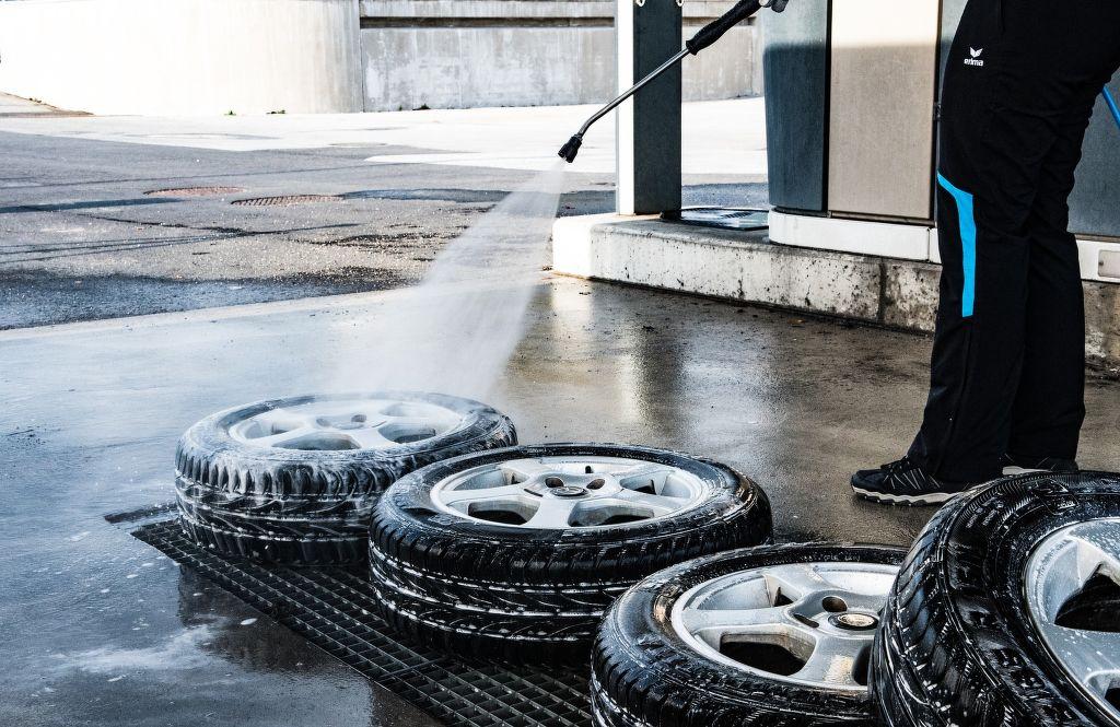 mytí pneu