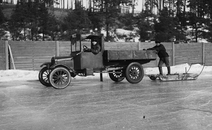 Nokian Tyres, historie, jídza na ledu